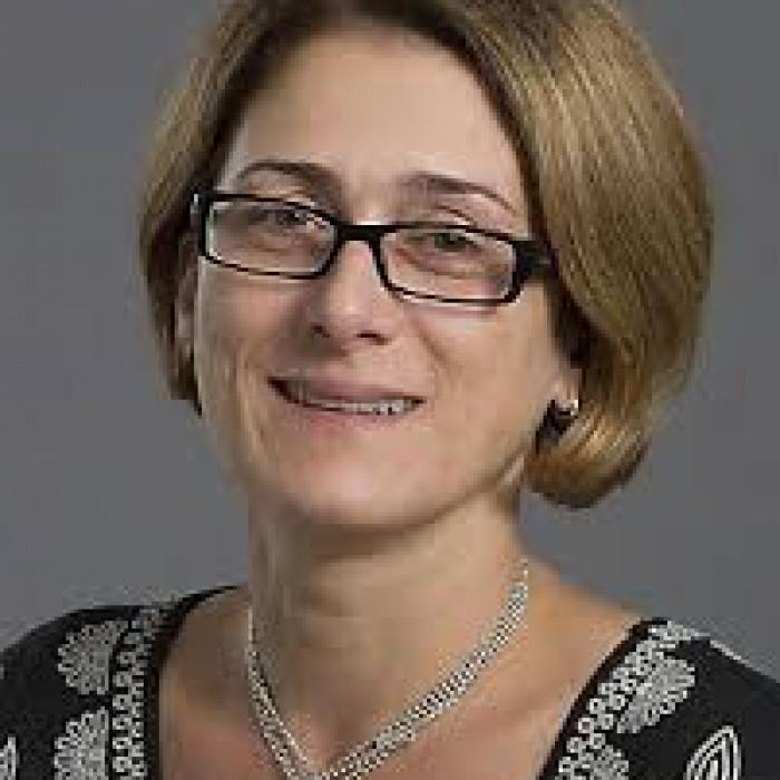 Dr. Andra Munteanu